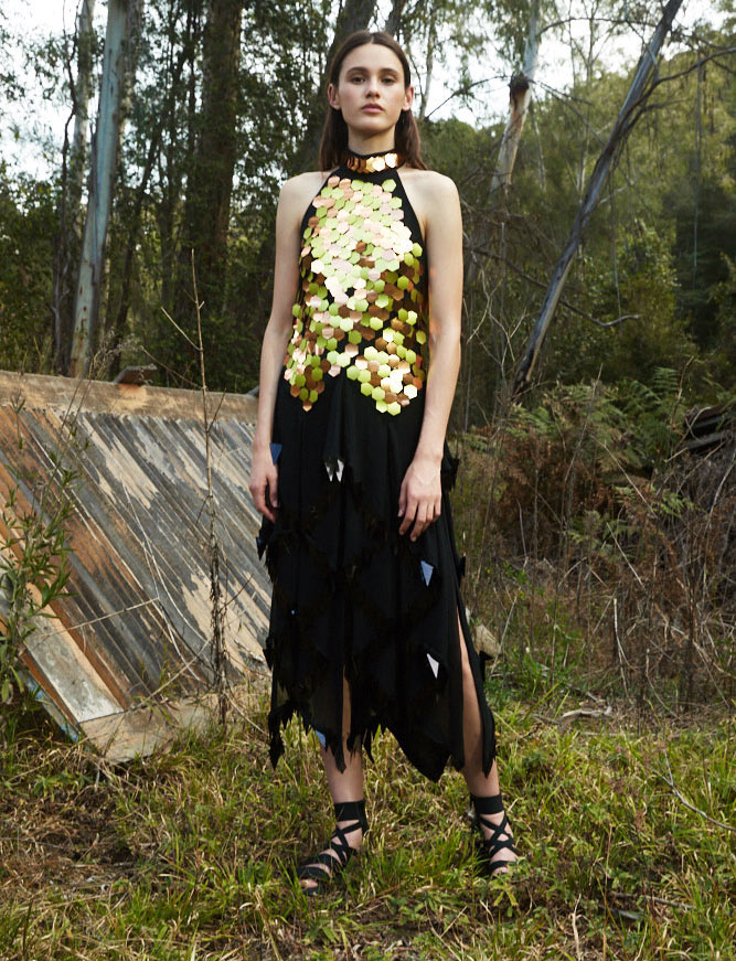 ffe86016abc Trend-setting brands are adding healing and herbal properties to their  fabrics and clothing collections. Eco-chic Australian label Kitx uses  Ayurvedic ...