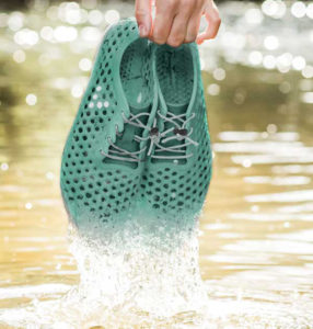 faf71f7216a4e Vivobarefoot s Ultra III Bloom running shoes are made from algae